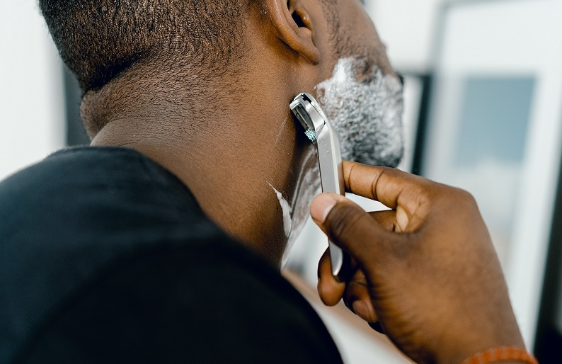 SHAVING NATURALLY: BETTER FOR YOU AND THE ENVIRONMENT